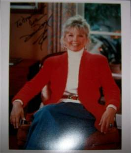 Doris Day - 8 x 10 Signed Photograph w/ Stmt of