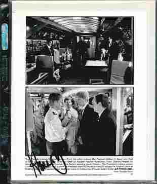 RARE HARRISON FORD SIGNED 8 X 10 PHOTOGRAPH
