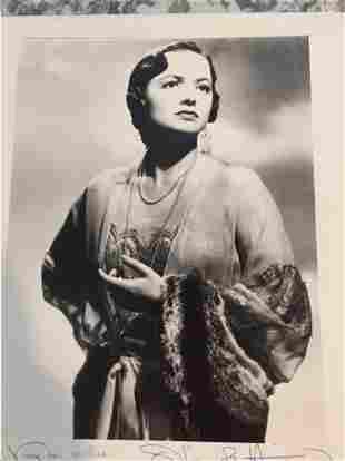 OLIVIA DE HAVILLAND SIGNED 8 X 10 PHOTOGRAPH. THE