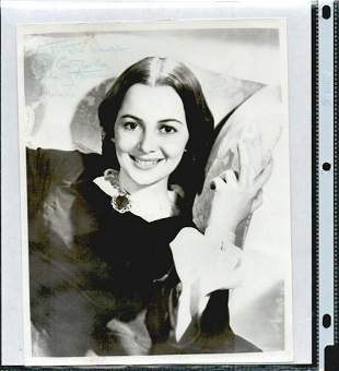 OLIVIA DE HAVILLAND SIGNED 8 X 10 PHOTOGRAPH