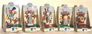"""MLB OFFICIALLY LICENSE """"LOONEY TUNE"""" FIGURINES"""