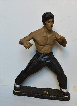 BRUCE LEE KUNG FU DOLL (SMALL)