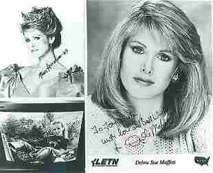Debra Sue Maffett- 10x8 Signed beautiful black and
