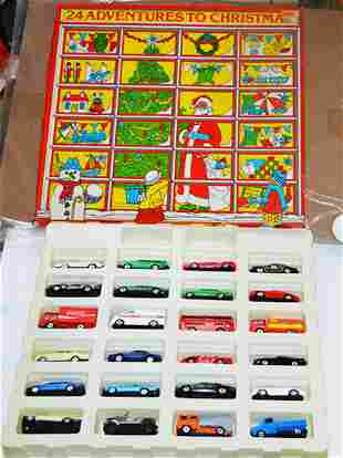 "CORGI ""24 ADVENTURES TO CHRISTMAS"" (24 MINI CARS)"