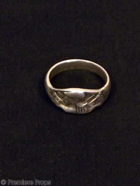 203: CHOCOLAT Roux's (JOHNNY DEPP) Hero Ring