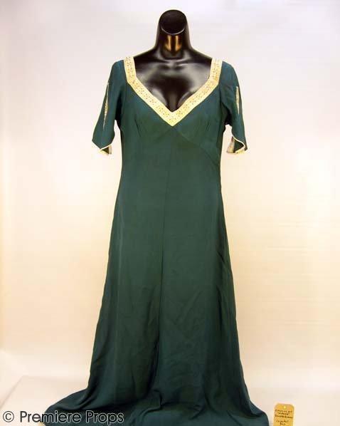 596: CHOCOLAT Vianne's (JULIETTE BINOCHE) Nightgown