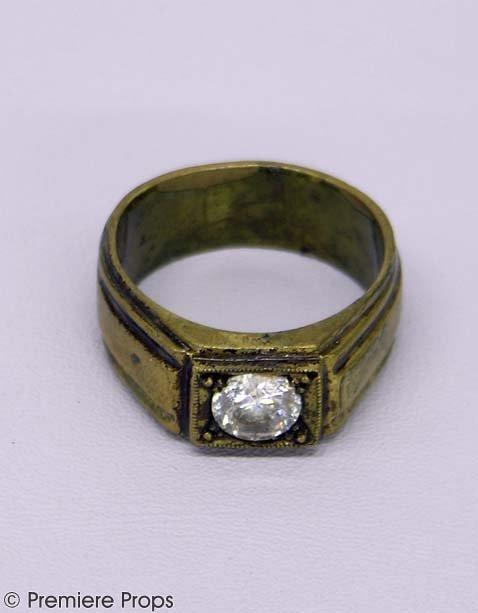 601: CHICAGO Billy Flynn's (RICHARD GERE) Hero Ring