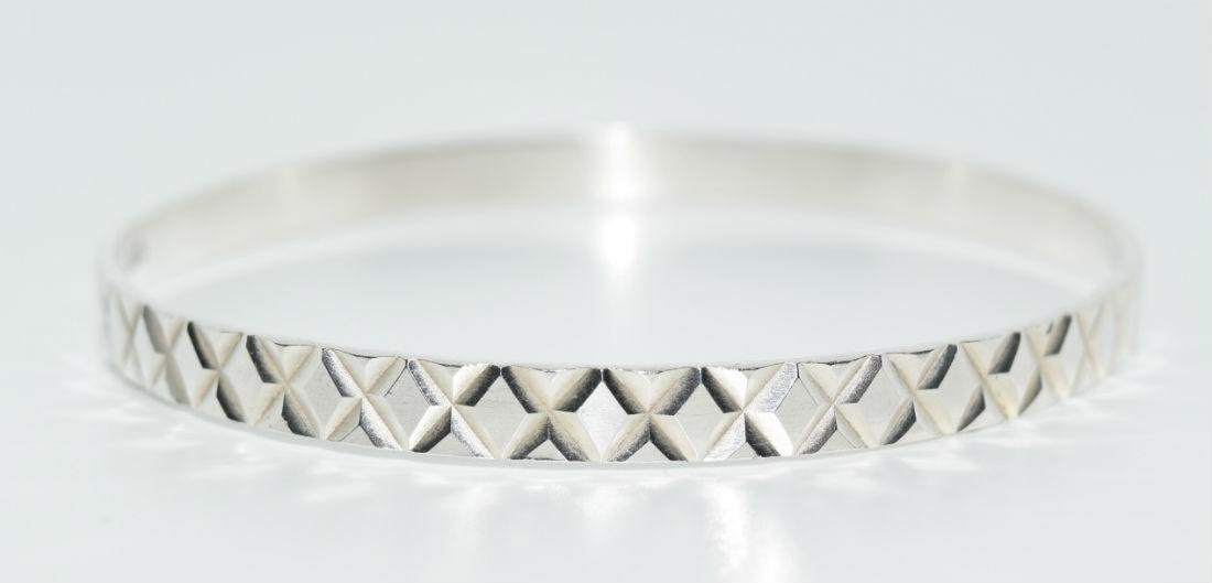 Taxco Mexico Sterling Silver Bangle Bracelet