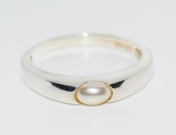 Sterling Silver Real Pearl Ring sz 8