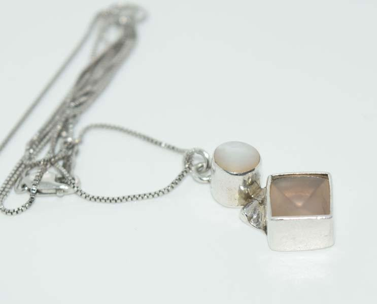 Sterling Silver Mother of Pearl Hinged Necklace
