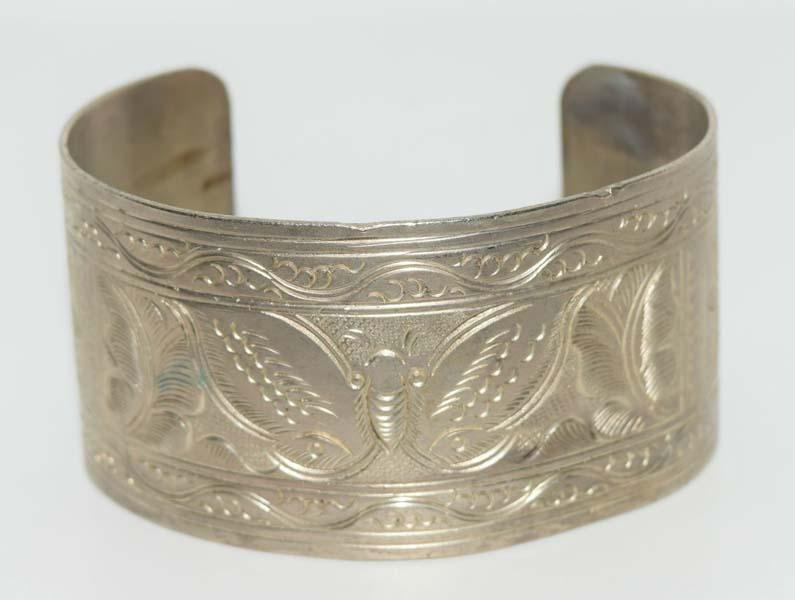 Thai Etched Design Wide Cuff Bracelet