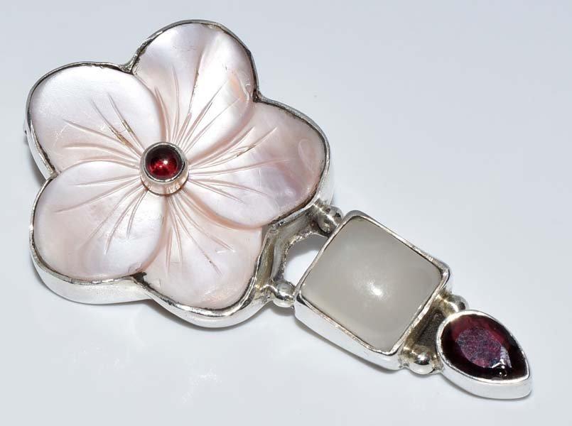 Sterling Silver Shell Flower Pendant