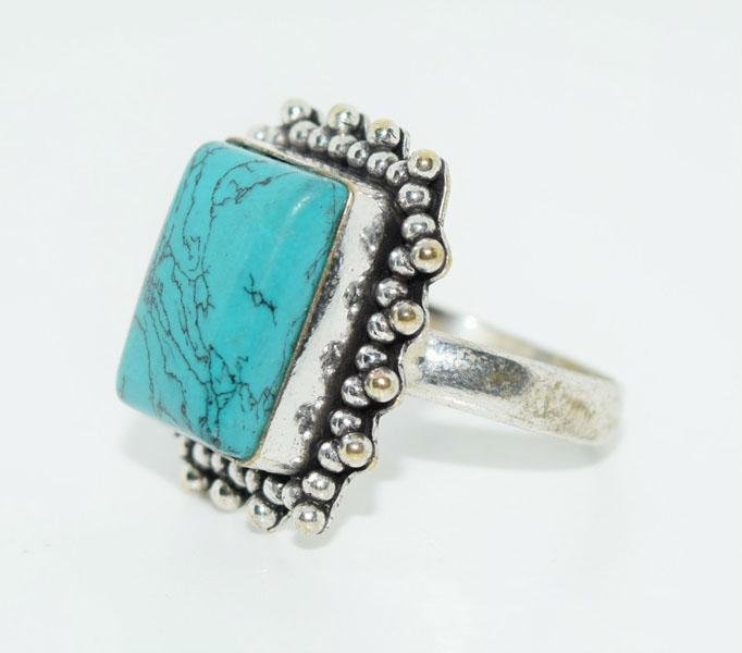 Sterling Triangle Beaded Design Ring Size 8.5