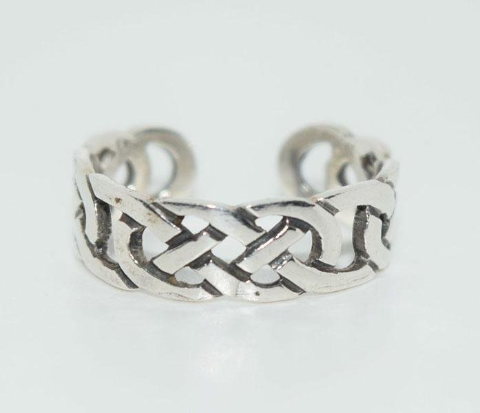 Sterling Celtic Design Small Adjust Ring
