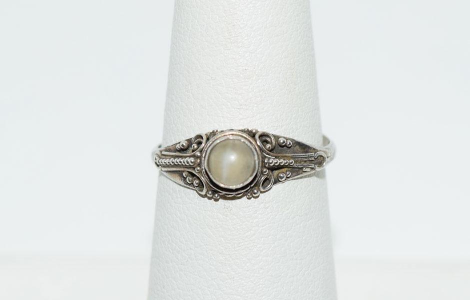 Vintage Sterling Sz7 Bead Design Ring