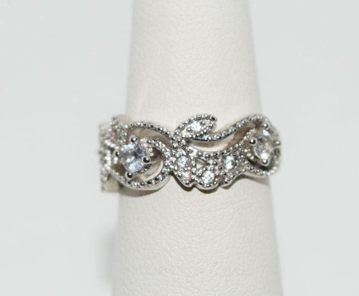 Sterling Sparkling Design Wide Ring Sz5