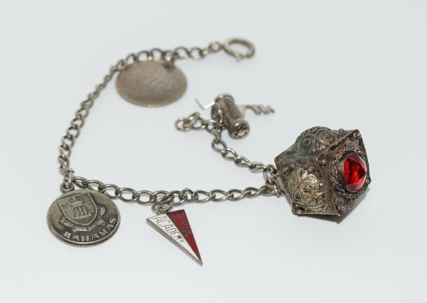 Vintage Sterling 7inch Charm Bracelet