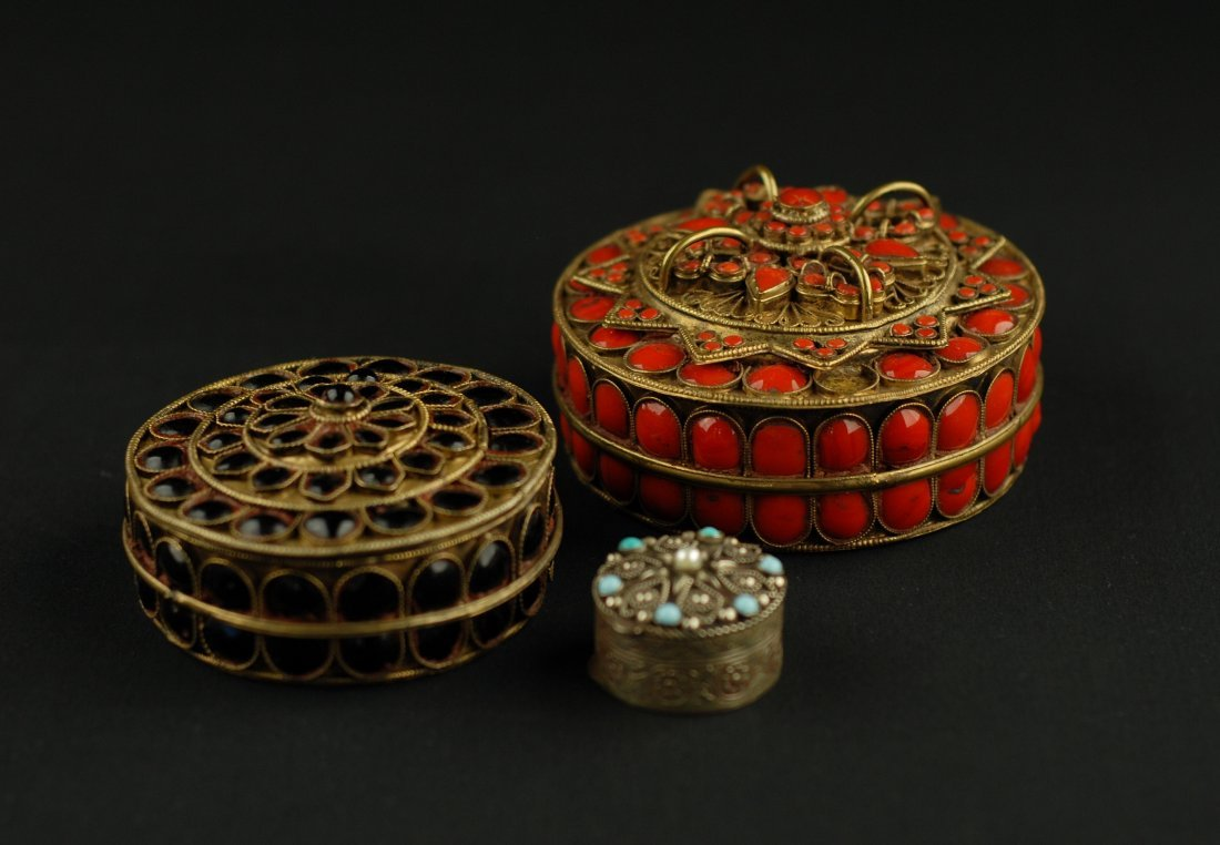 A GROUP OF 3 VINTAGE TIBETAN ENAMELED AND SILVER BOXES
