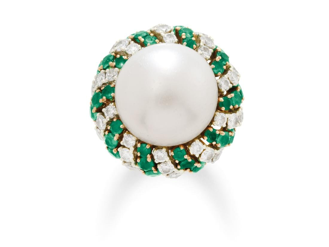 A Mabe Pearl, Emerald, Diamond, Platinum and Gold Ring,