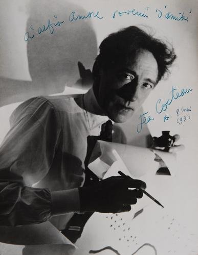 13: Cocteau, Jean. Fotografia con dedica