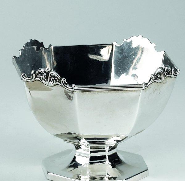 5: Porta bon bon in argento inglesegr. 158  A silver