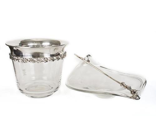 15: Secchiello e centrotavola in cristallo con profil