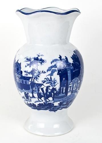 17: Vaso inglese in porcellana