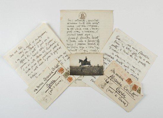 8: D'Annunzio, Gabriele. Carteggio epistolare con Ale