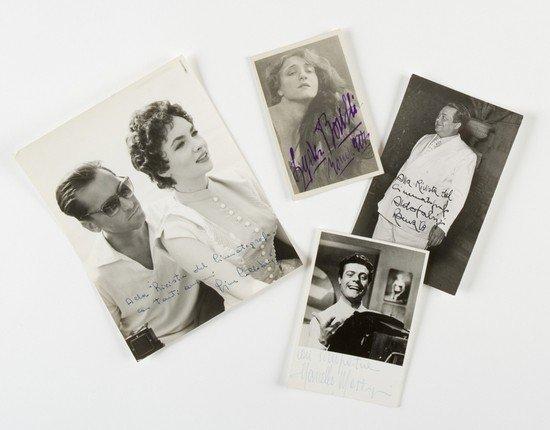 16: Fotografie di attori celebri. Album di fotografie