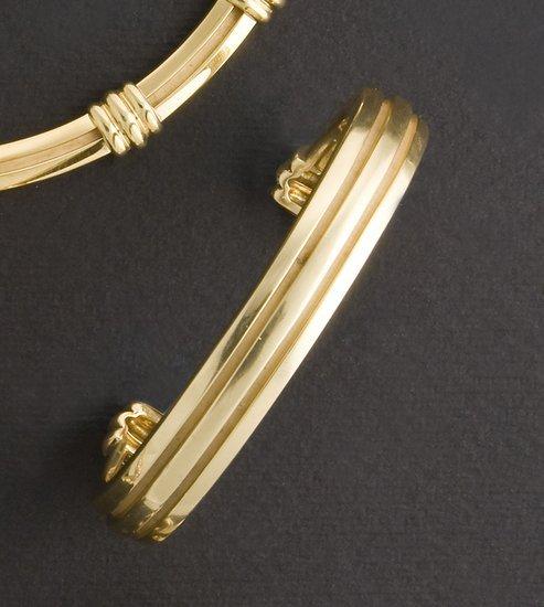 15: Bracciale rigido firmato Tiffany & Co.