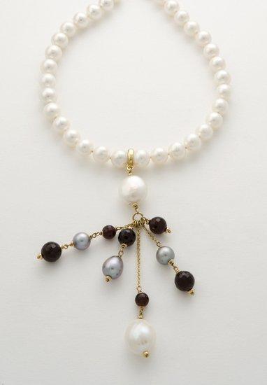 21: Collana un filo di perle