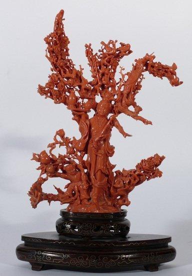 117: Importante figura femminile di Guanyin in corallo