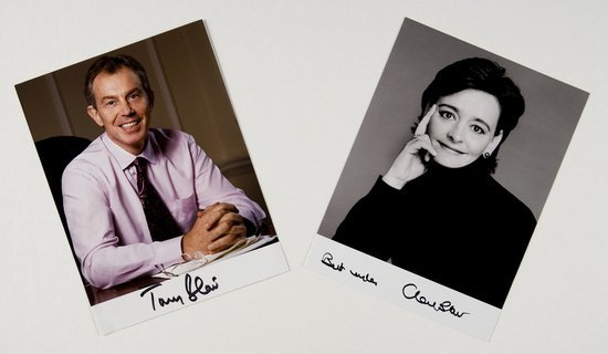 21: Blair, Tony e Cherie Fotografie autografate