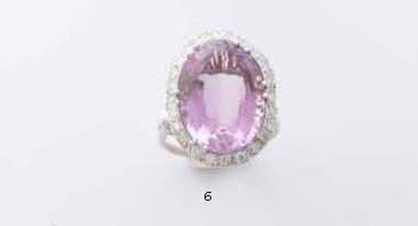 6: Grande anello in oro bianco 18 kt