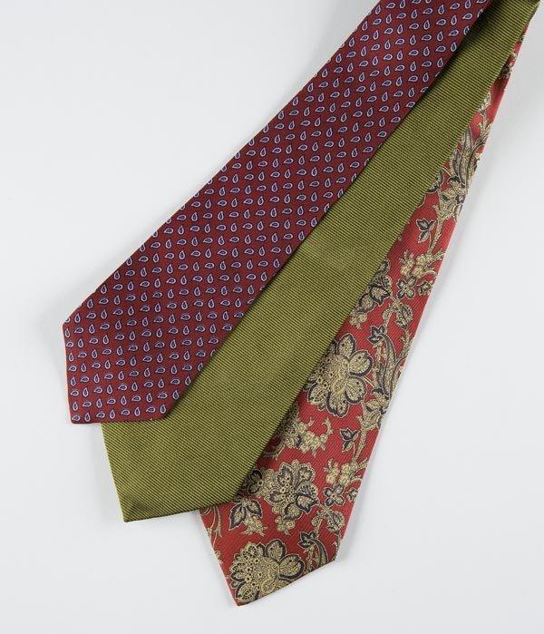 242: Marinella Napoli, lotto composto da tre cravatte