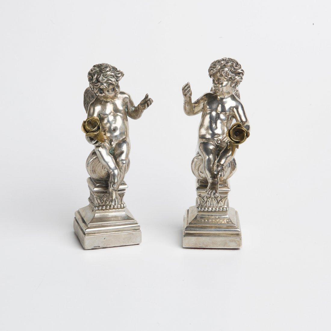 Due angeli in argento, Napoli
