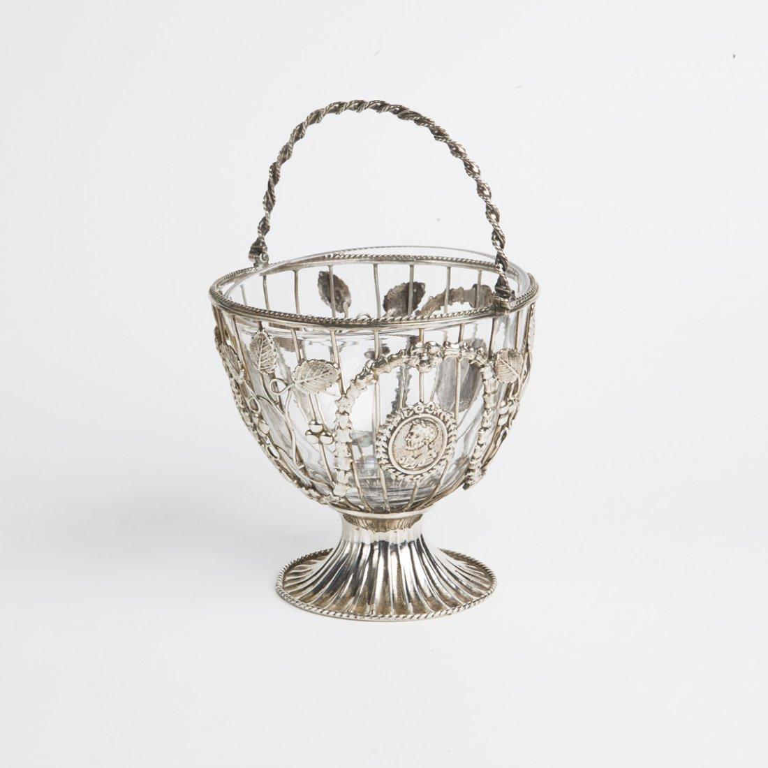 Cestino in argento, Londra 1859, proveniente dalla coll