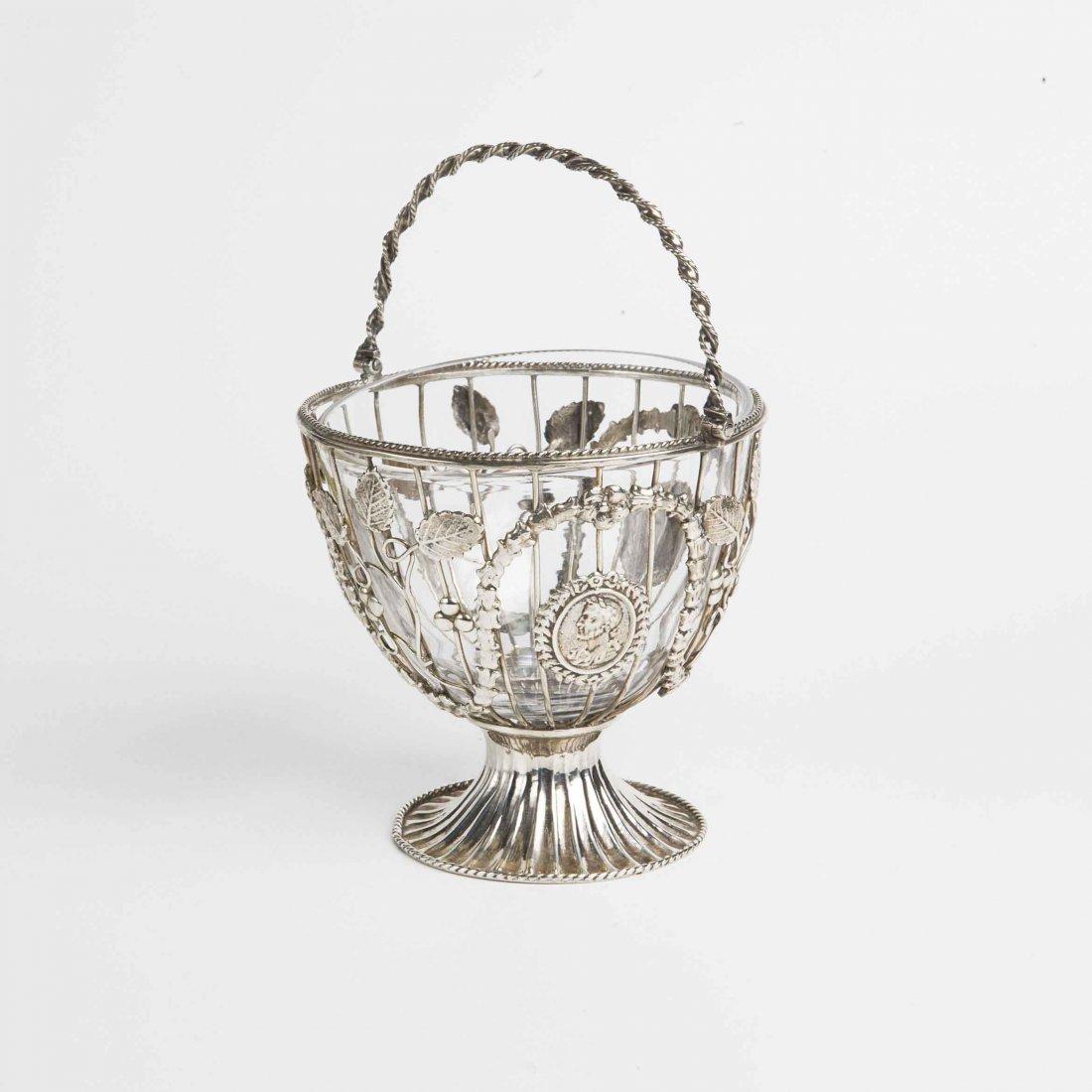 Cestino in argento, Londra 1859, proveniente dalla