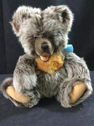 Steiff Zotty 1953 Replica Model Teddy Bear