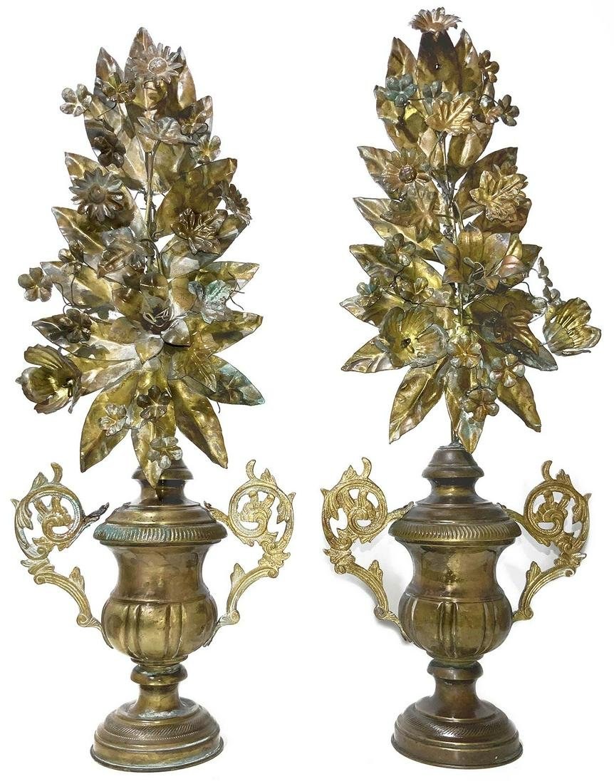 Pair of vases with copper and bronze leaves and