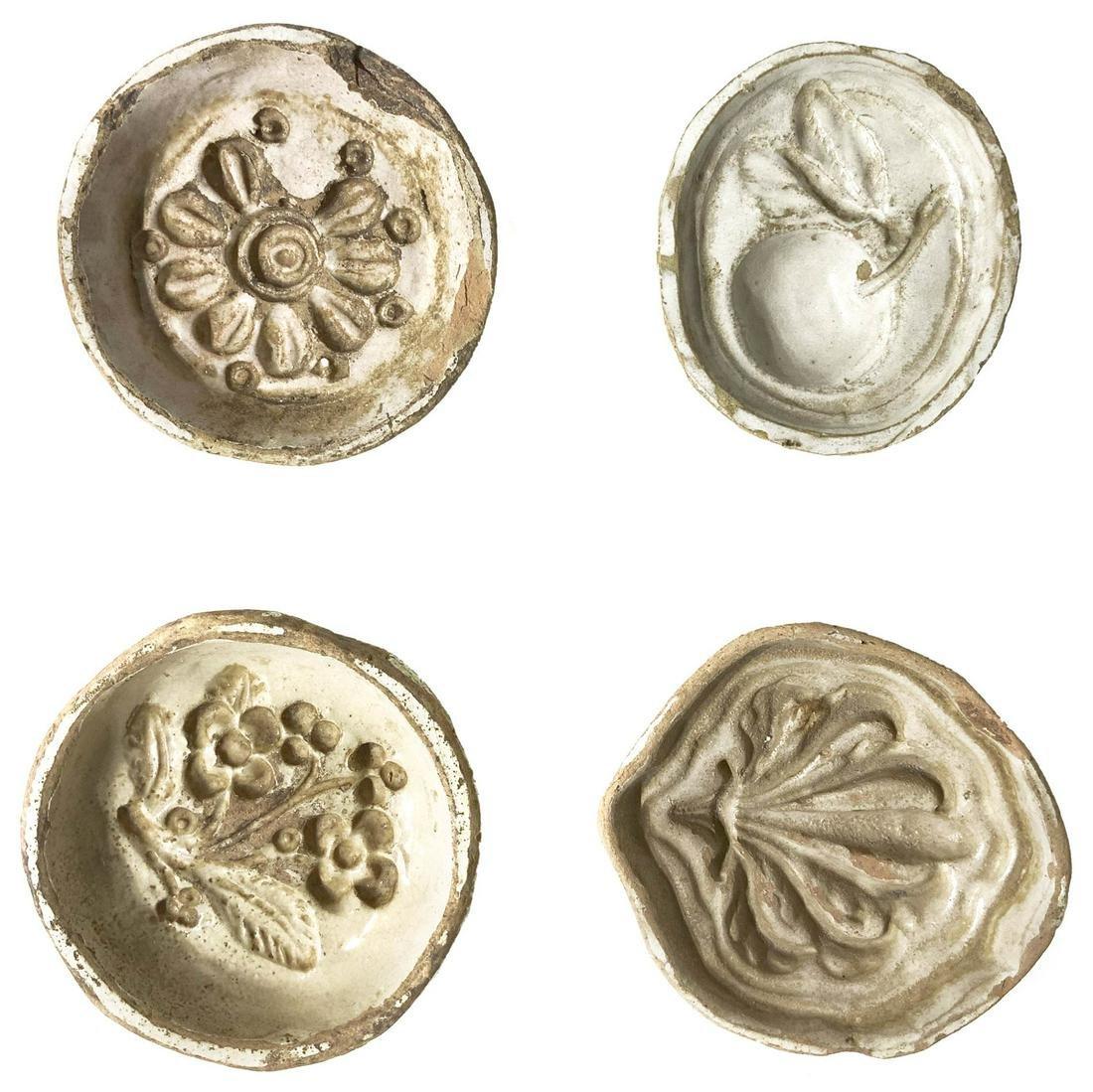 4 white Caltagirone majolica tiles, 19 century. Use for