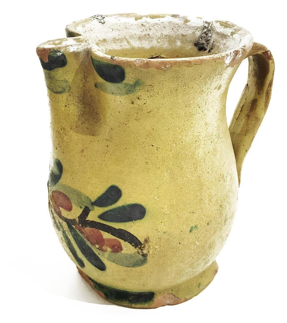 Caltagirone mojolica jug. H cm 17. Wear and tear