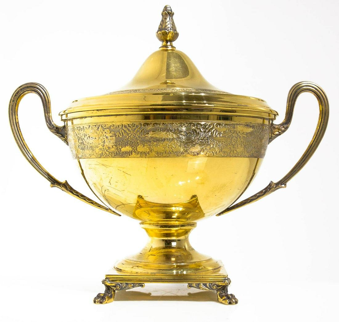 Bowl with golden silver lid ? Vermeil. Argento 800.