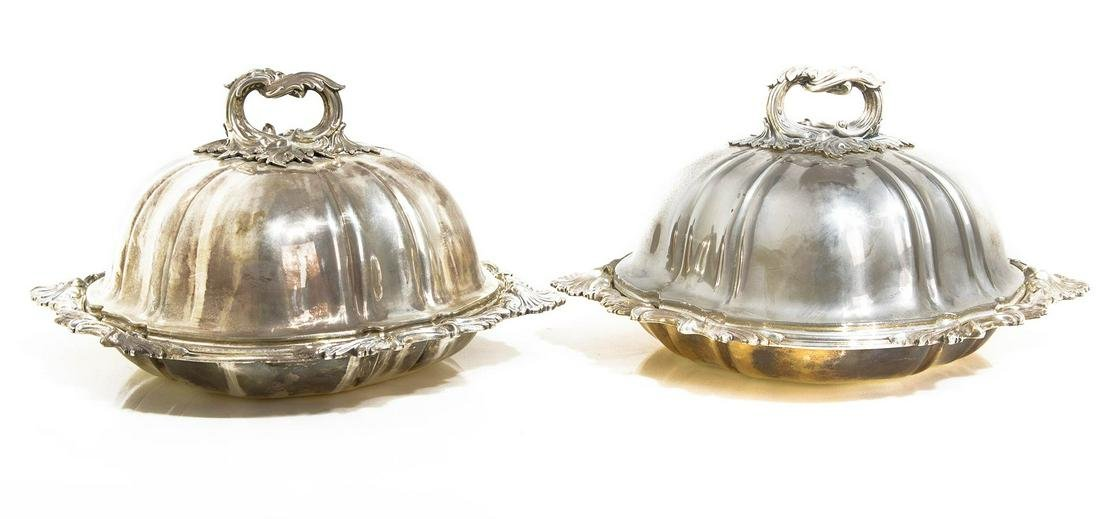 Pair of vegetable dishes, with lid. Ancient English