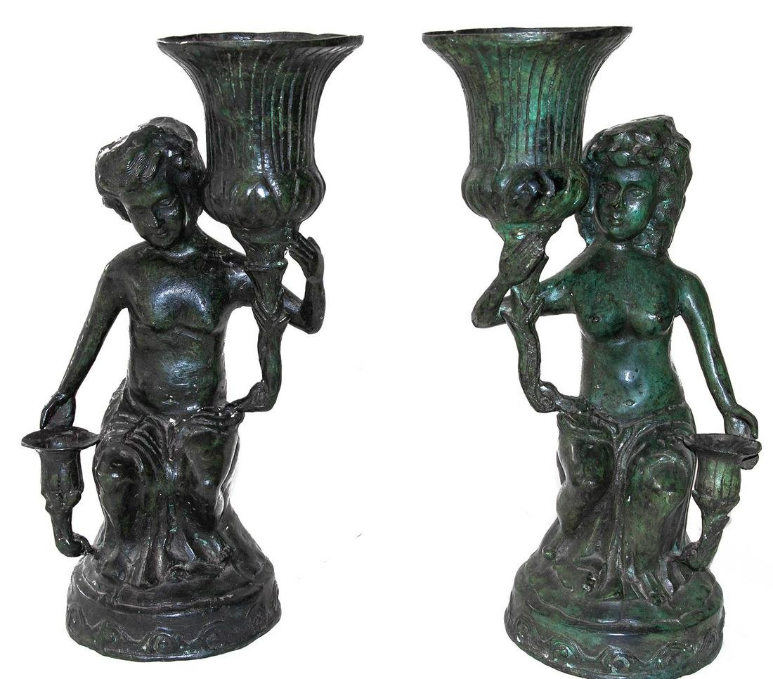 Pair of cire perdue bronzes. 19th century. Boy and
