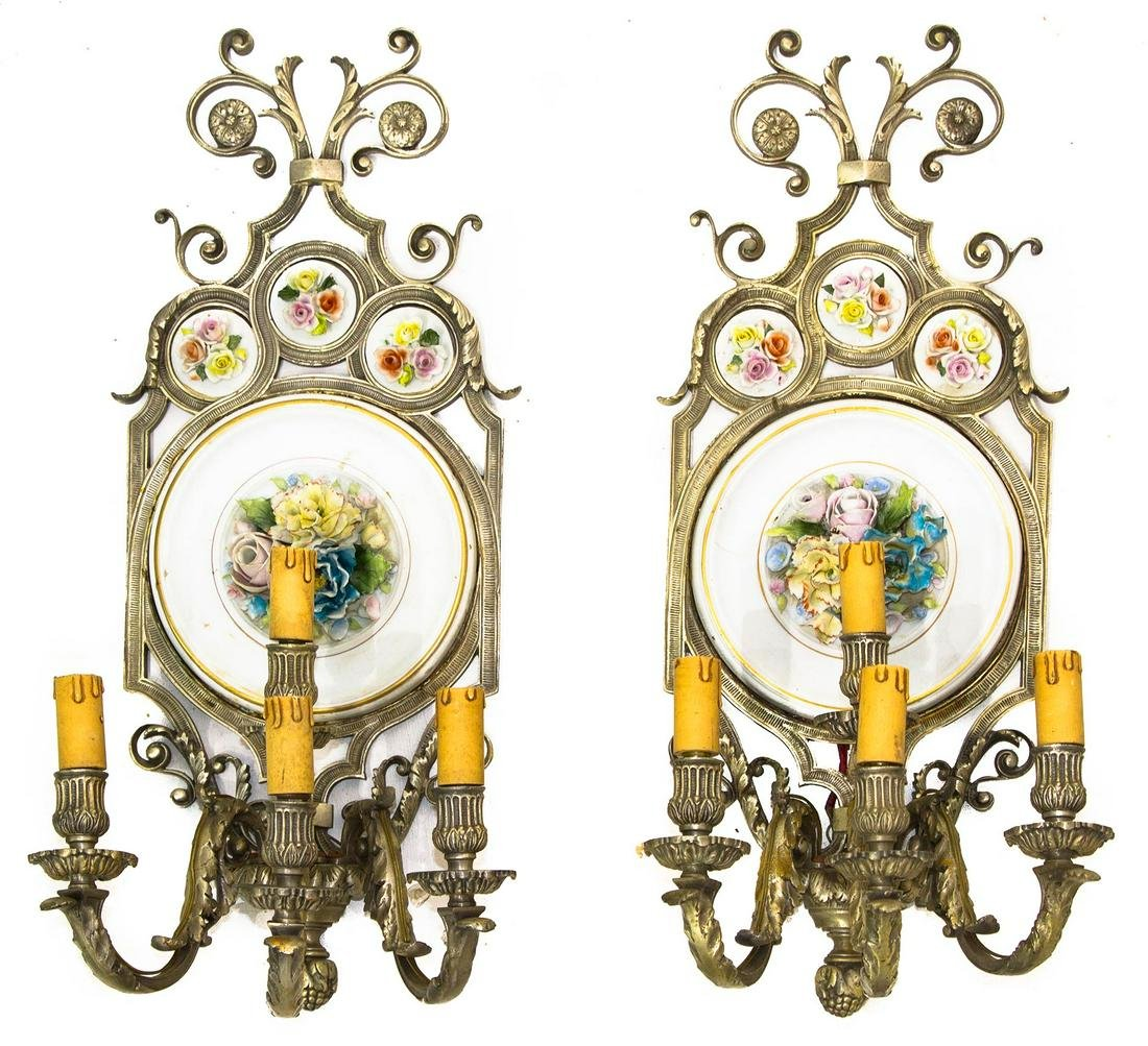Pair of appliques, metal frame and Capodimonte
