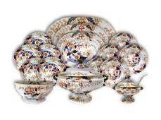 Important set of porcelain plates from 9 persons,