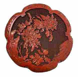 Lacquered box in China red. Low relief floral