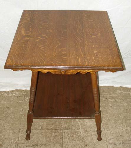 718: A Fine American Oak Lamp Table