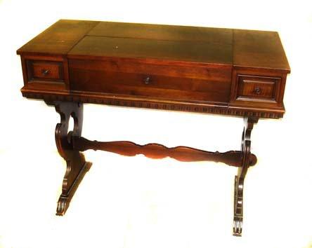 723: A Fine Walnut Spinnet Desk